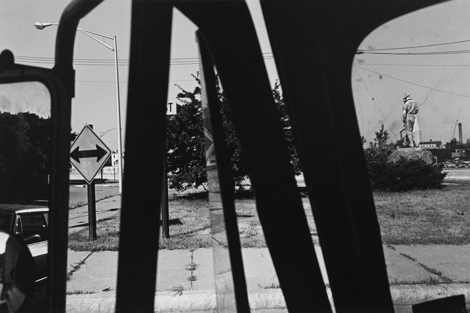 Lee Friedlander - Statue, New Jersey, 1971