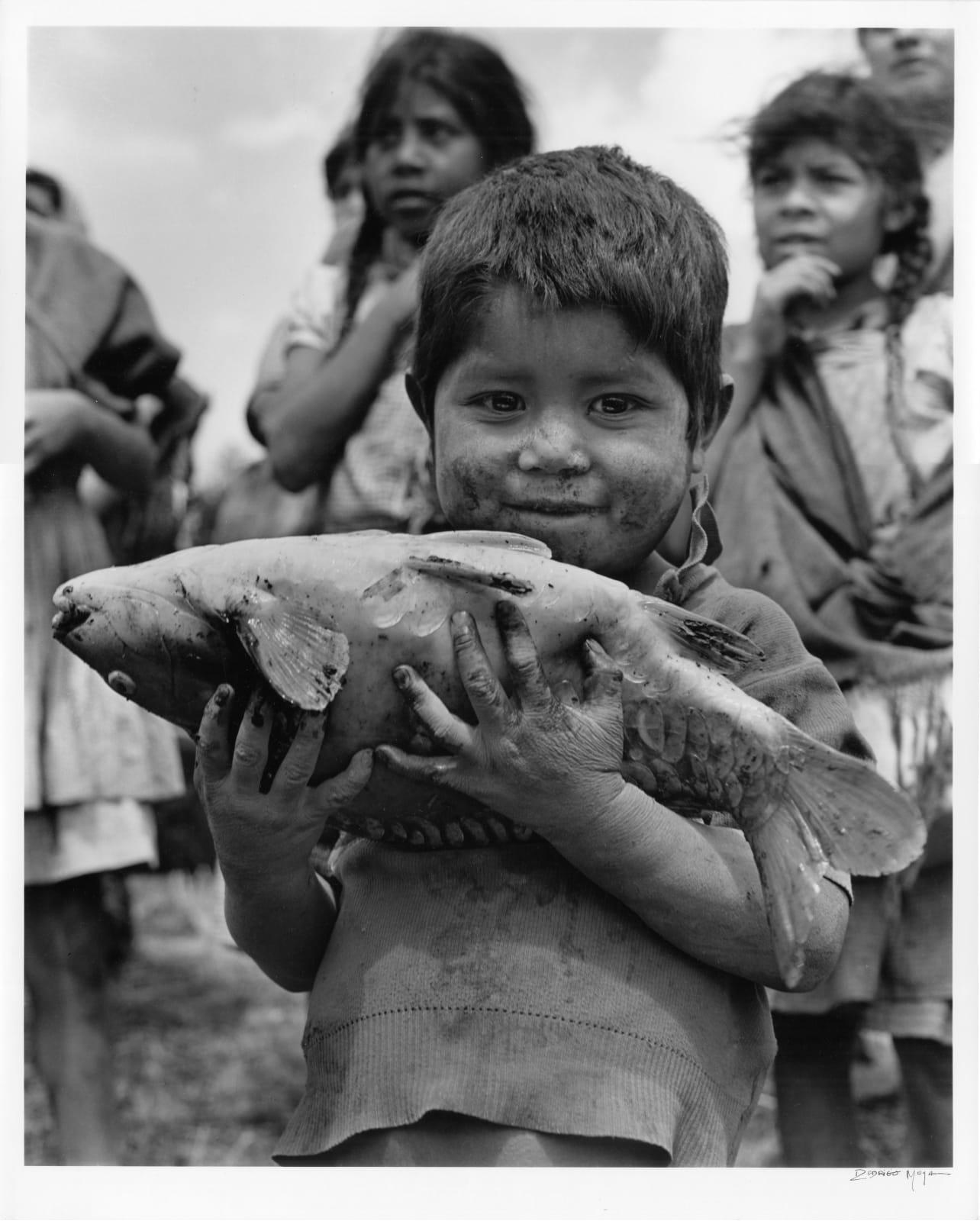 Rodrigo Moya - La Pesca Milagrosa, Opopeo, Michoacan, 1970