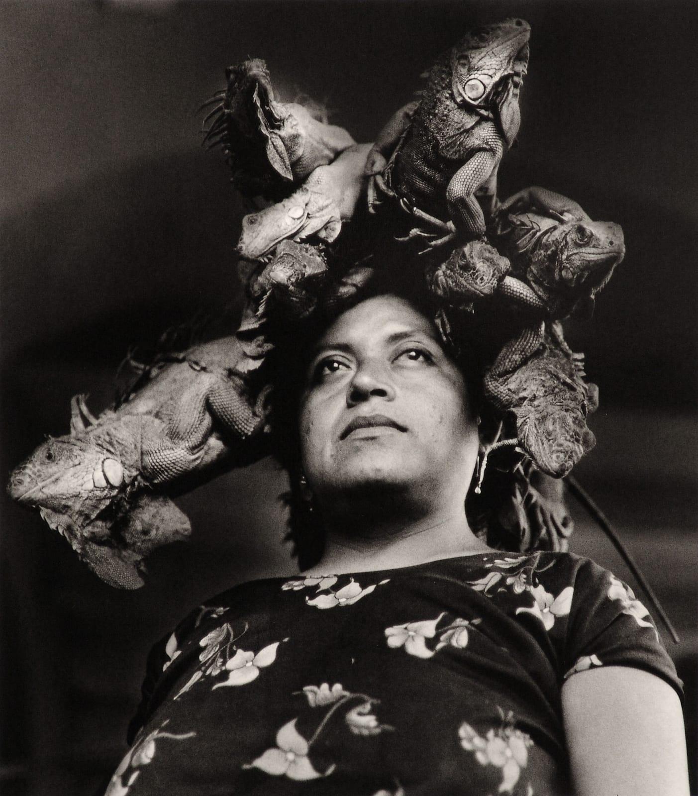 Graciela Iturbide - Nuestra Señora de las Iguanas, Juchitán, Mexico, 1979