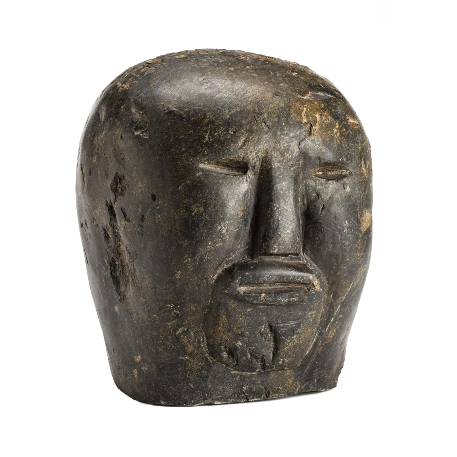 TUNA IQULIQ (1935-2015) QAMANI'TUAQ (BAKER LAKE) Head, c. 1964 ESTIMATE: $4,000 — $6,000 PRICE REALIZED: $21,600 A WORLD RECORD PRICE FOR THE ARTIST AT AUCTION.