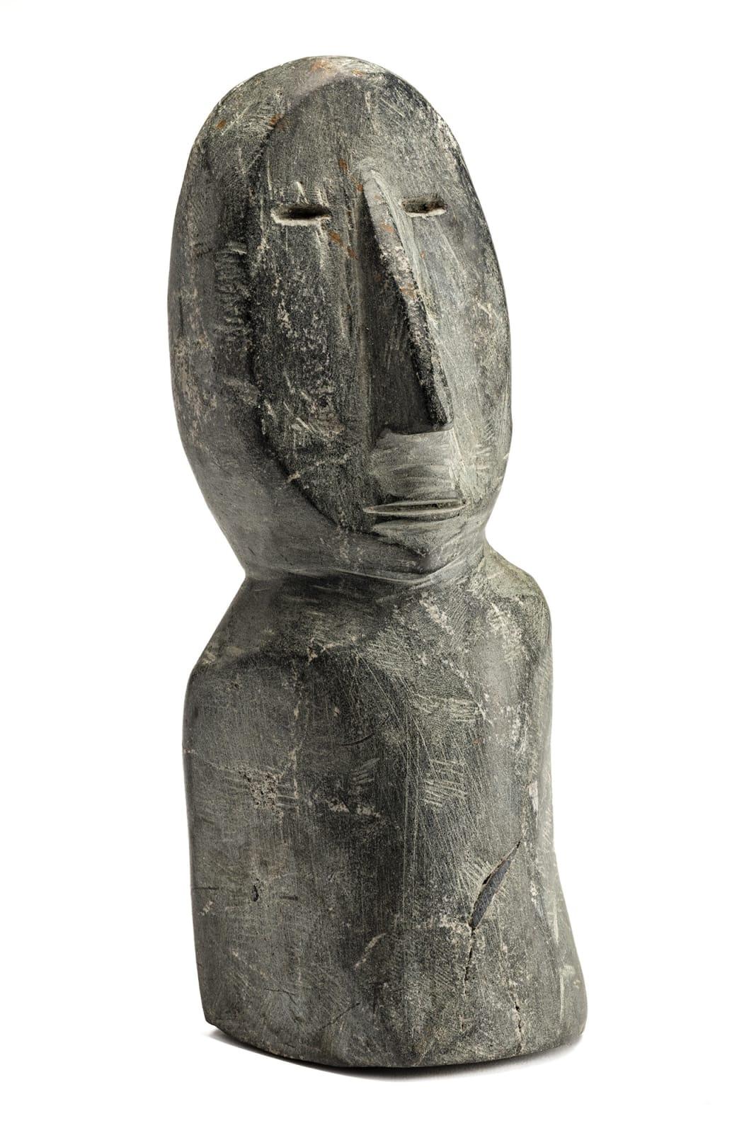 Lot 116 UNIDENTIFIED ARTIST, ARVIAT (ESKIMO POINT) Bust, c. early 1980s stone, 10 x 4 x 3.75 in (25.4 x 10.2 x 9.5 cm) Estimate: $900— $1,200 Price realized: $900