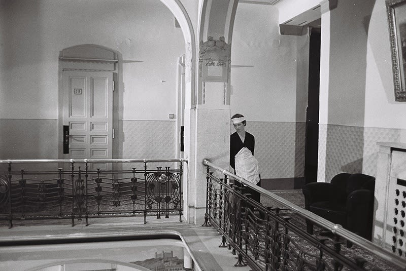 Paul Ickovic, Chambermaid, Prague, 1990