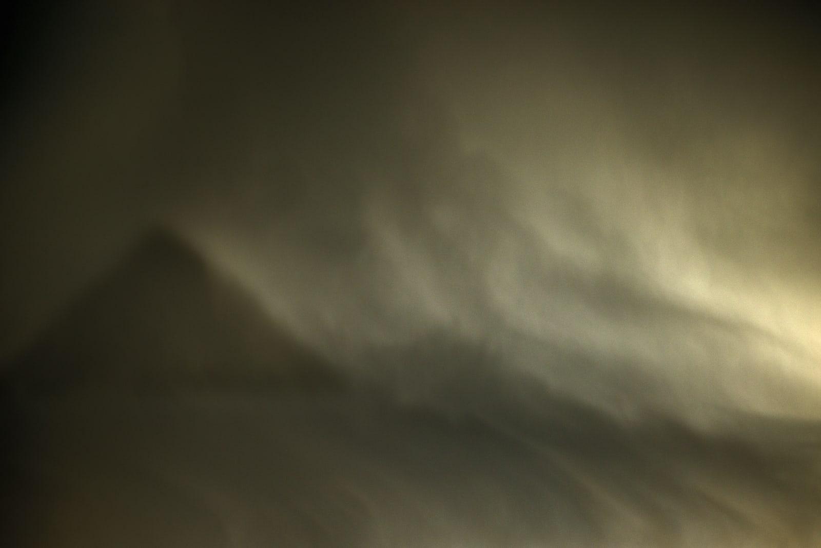 DK, Sandstorm at Giza