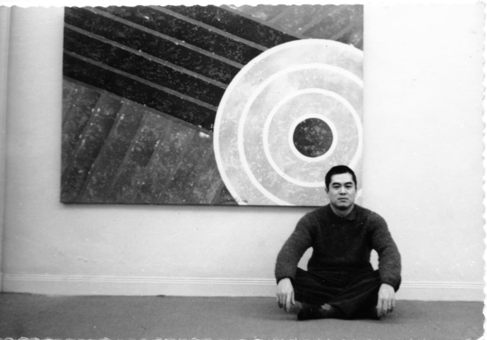 1964, Hsiao Chin's solo exhibition in Paris 1964年蕭勤攝於巴黎個展