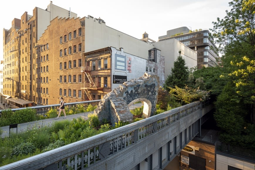 Firelei Báez, On the High Line En Plein Air