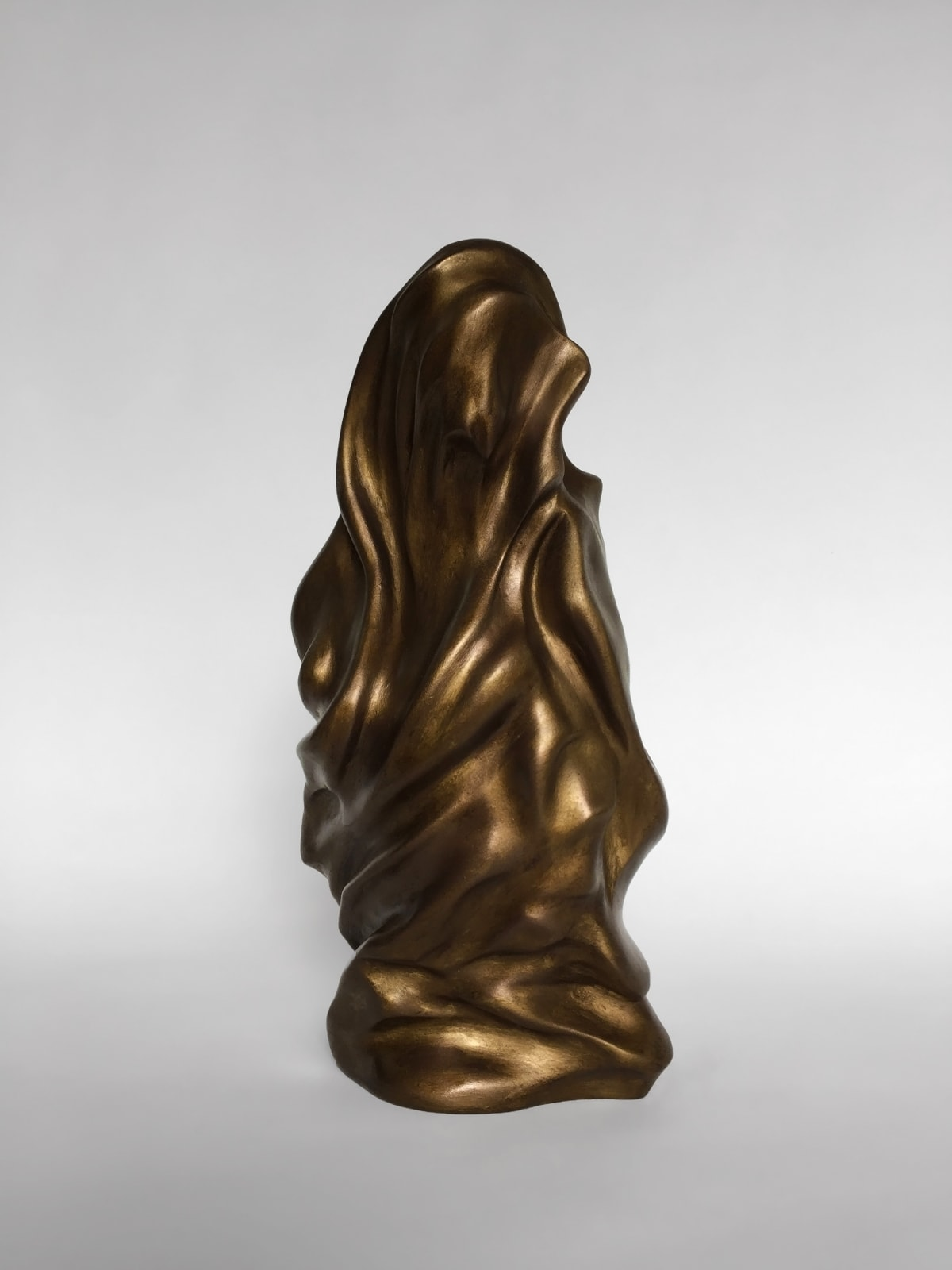 Richard Stone, Bird Gerhl, 2017-2019 Bronze resin composite 35 x 25 x 20 cm