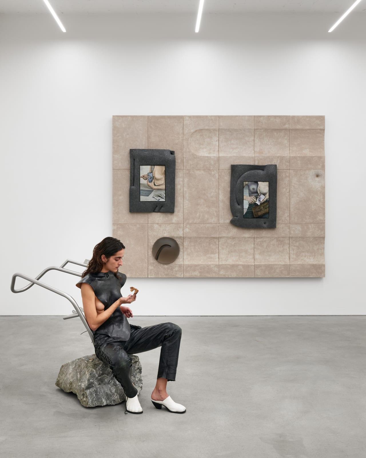 exhibition view, Nest, Klára Hosnedlová, Kraupa-Tuskany Zeidler, Berlin 2020