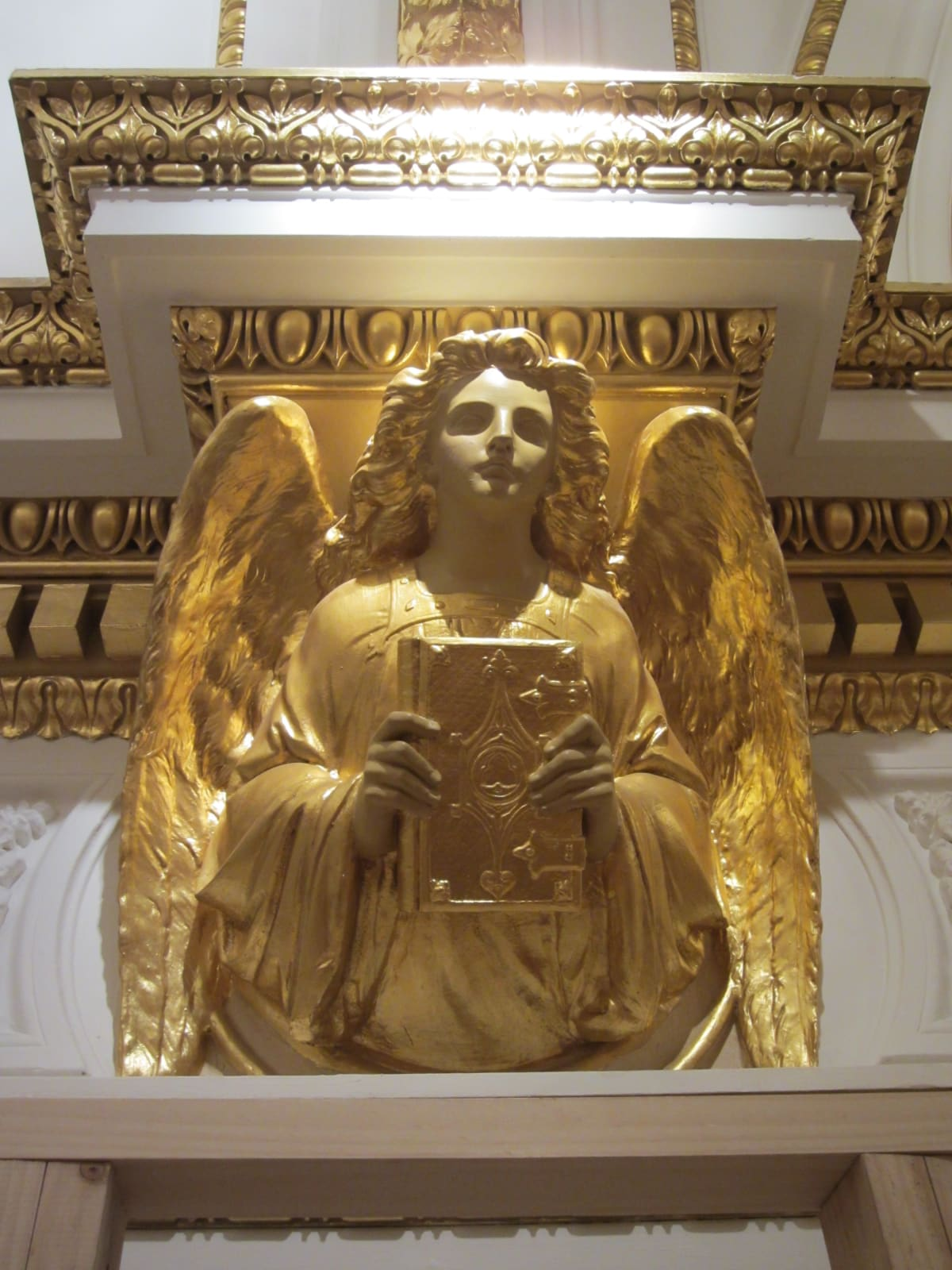 Anne Desmet's Royal Academy Angels