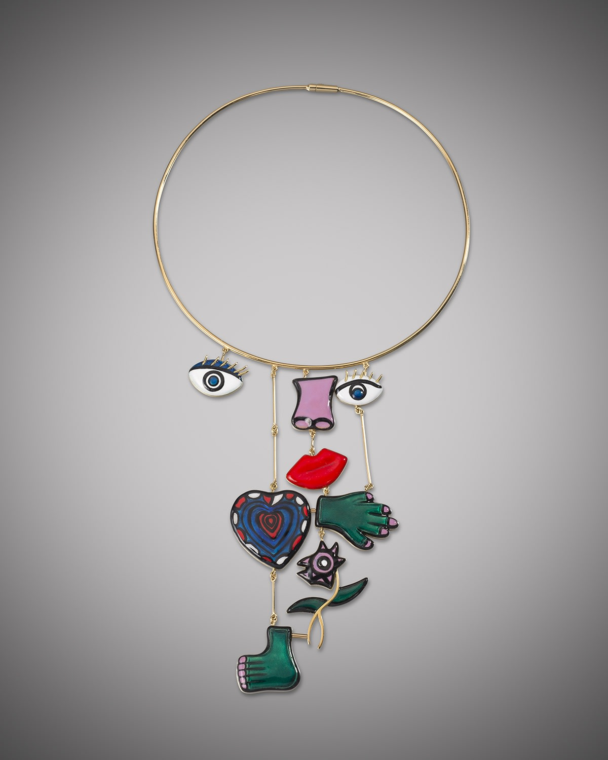 Assemblage Necklace, this work is a continuation of the edition started in 1974, completed in 2015