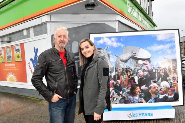 David Mach and Olympic medallist Victoria Pendleton CBE at the unveiling