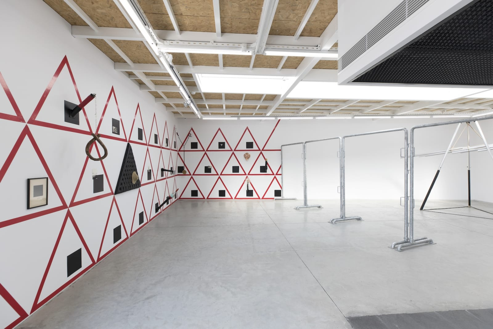 İz Öztat Installation view 2019