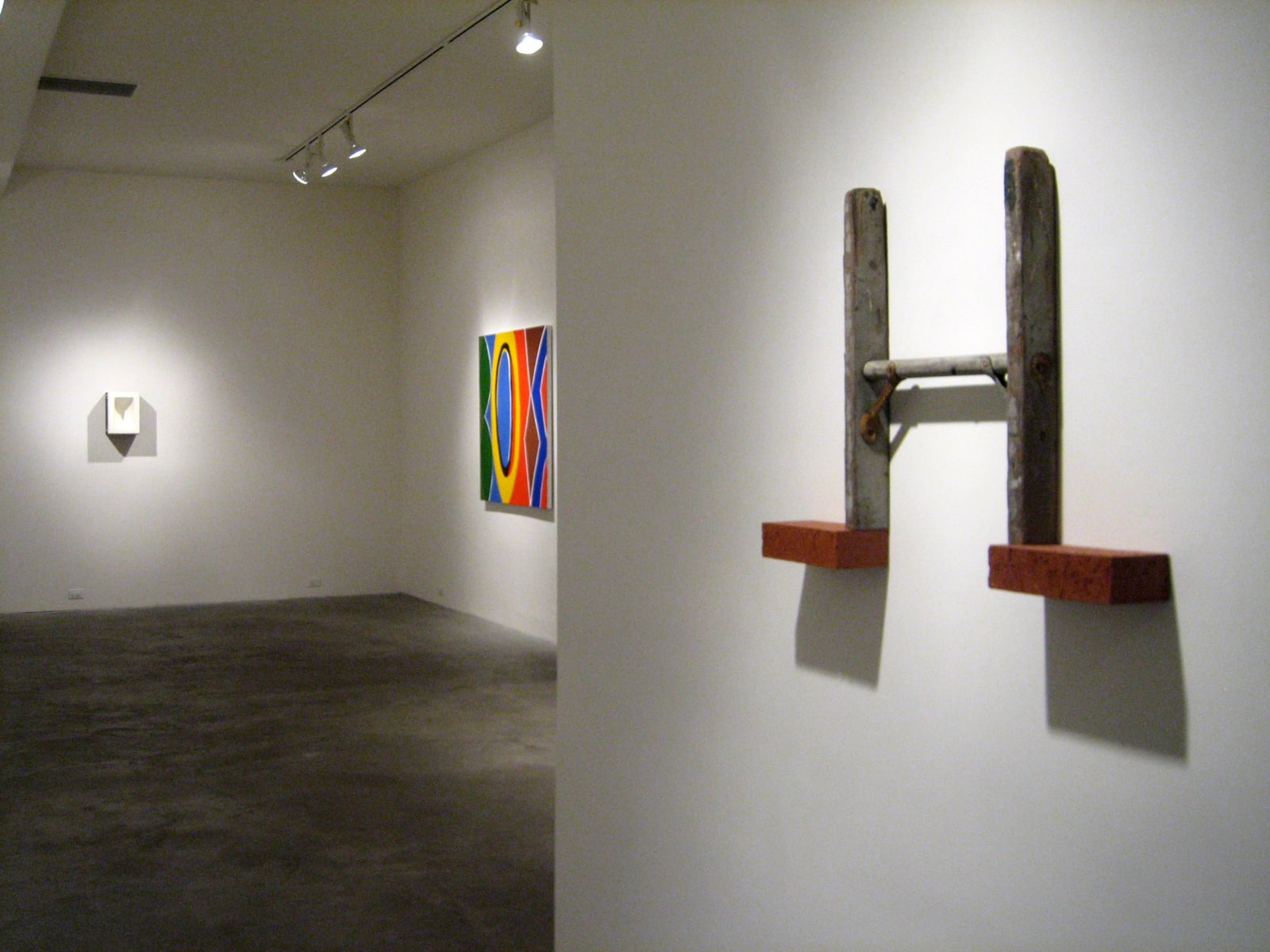 SHOW DOWN   Group Exhibition