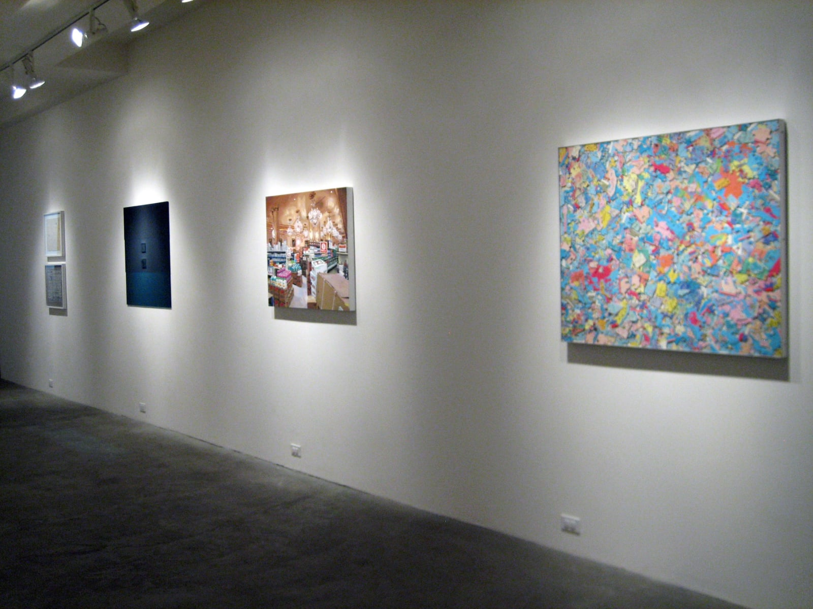 SHOW DOWN | Group Exhibition