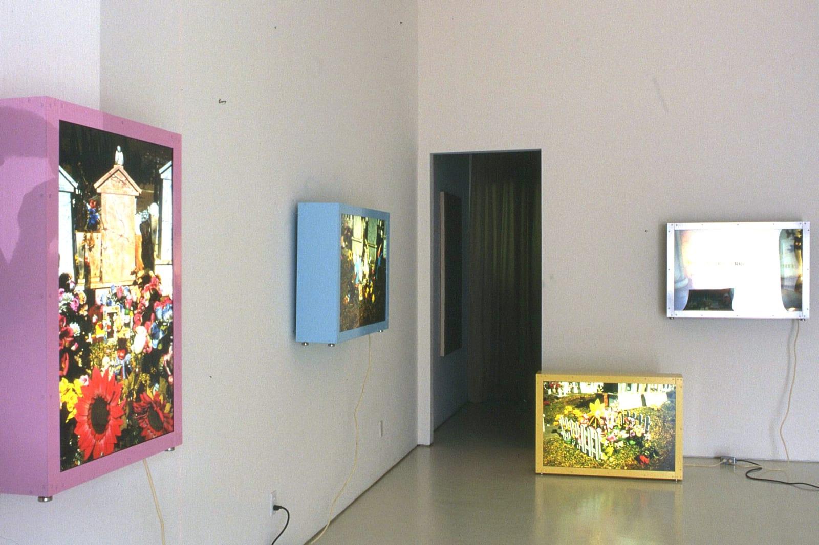 Marcos Ramirez ERRE | Garden of Angels/Jardin de Angeles