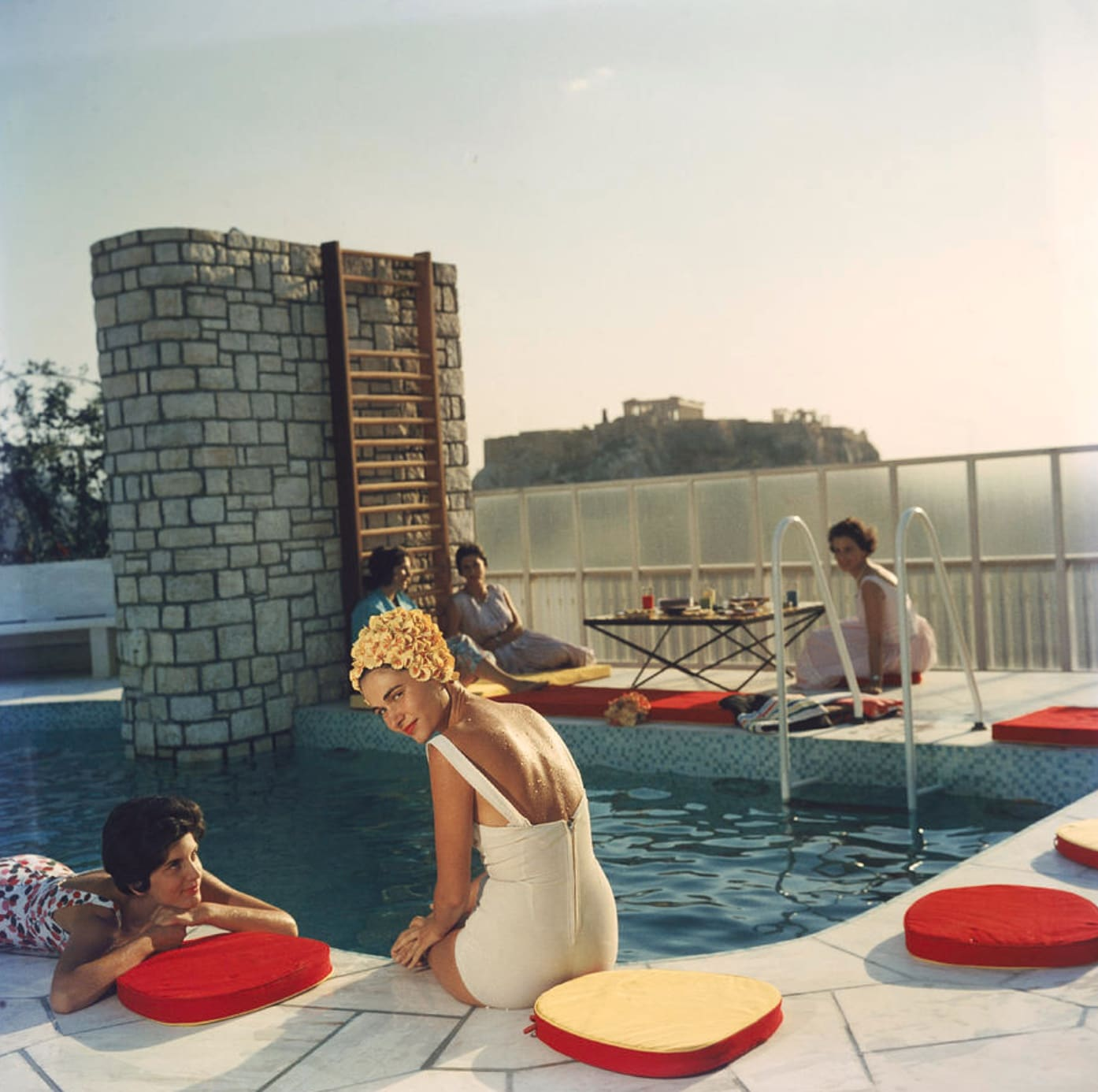 Slim Aarons, penthouse Pool, Athens, 1961