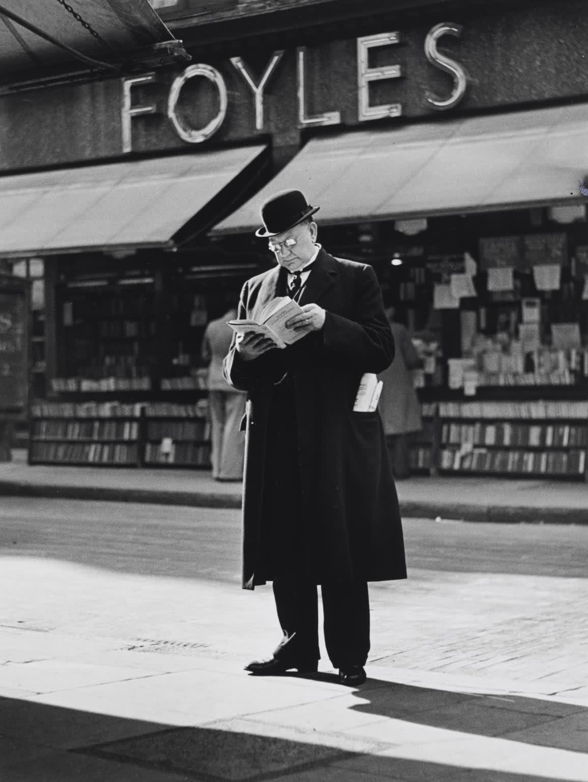 Charing Cross Road (Foyles), c.1936