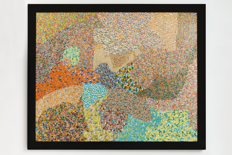 Nelson Leirner Figurativismo Abstrato, 2004 adesivo colado sobre madeira 178 x 219