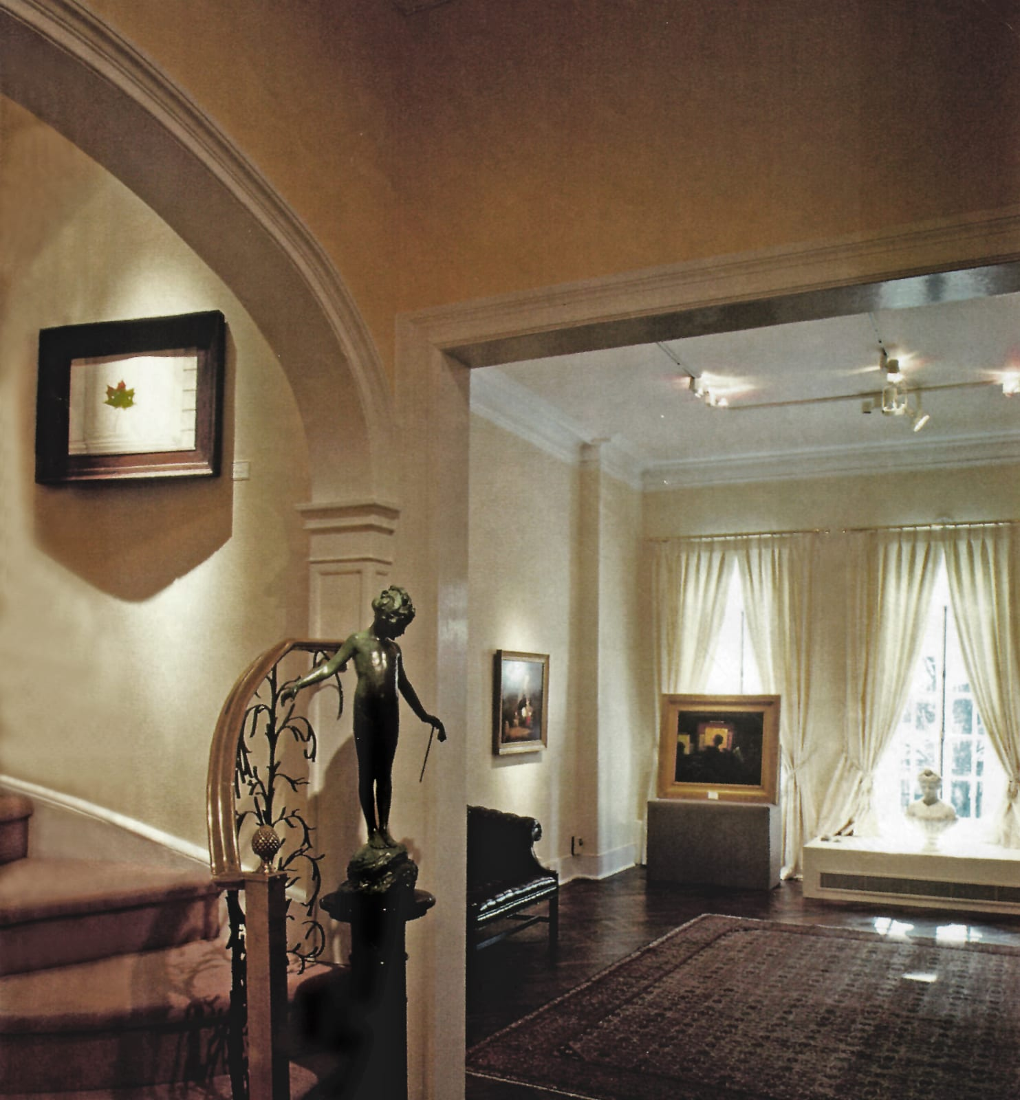 Hollis Taggart Galleries, 48 East 73rd Street, New York, NY (1995)