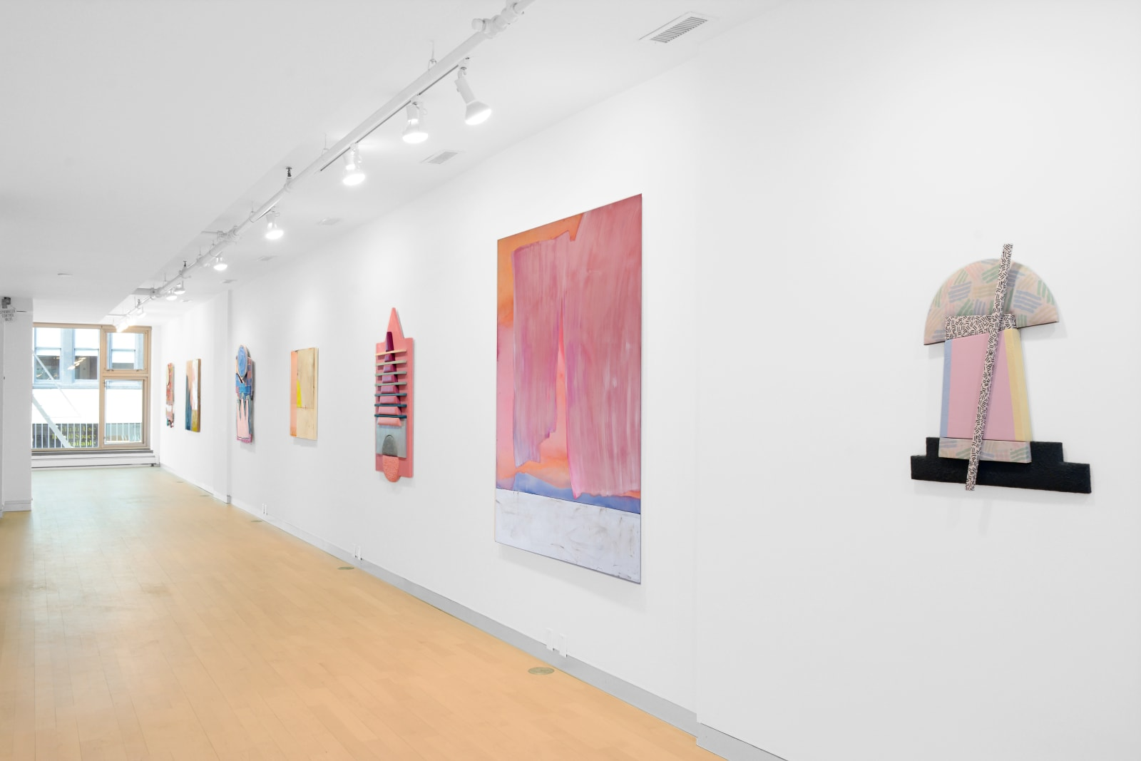 Installation view: Breaking the Frame