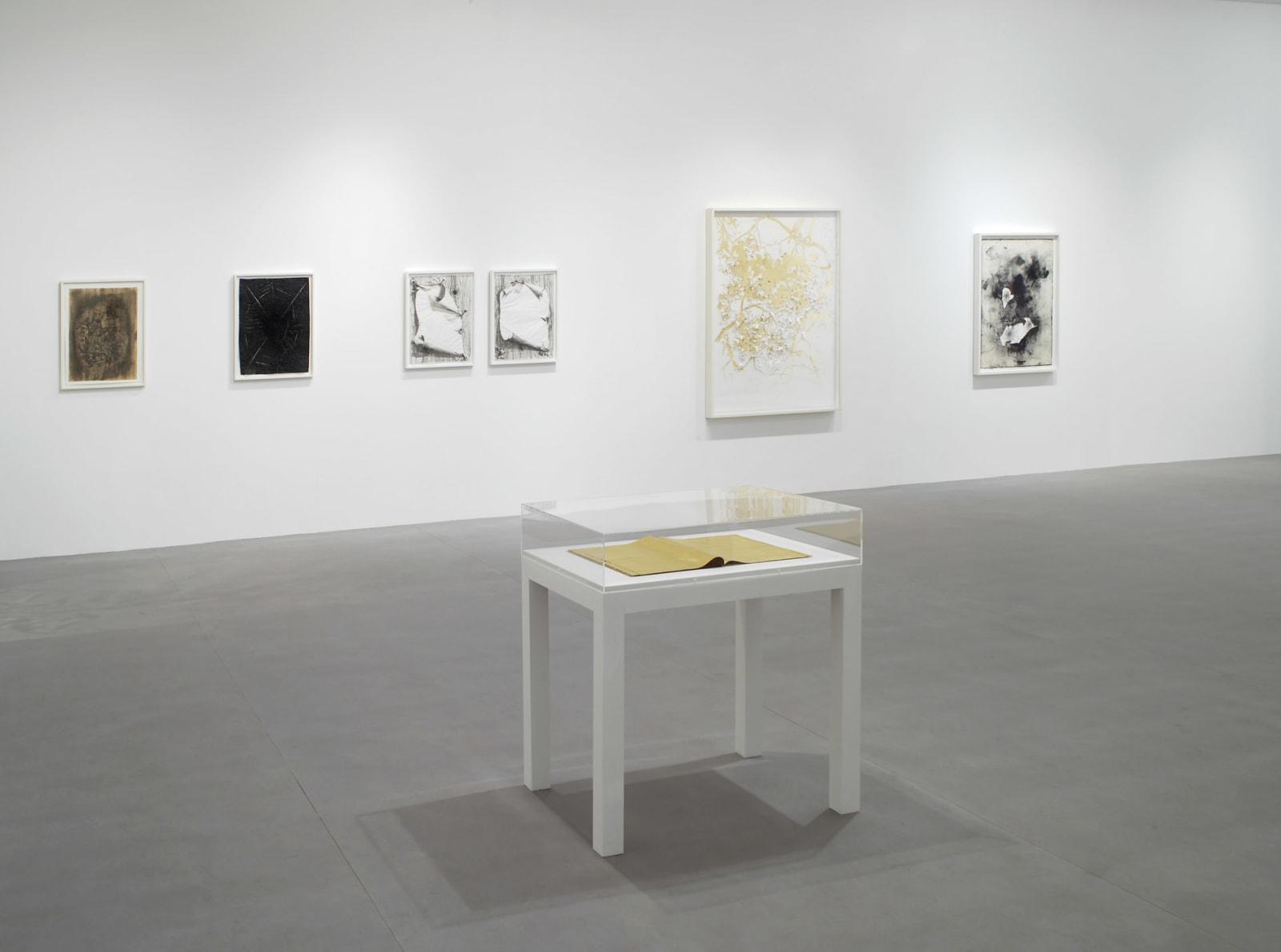 <p><span>Installation view: 'Love et cetera'</span><span>, Camden Art Centre, London (2010)</span></p>
