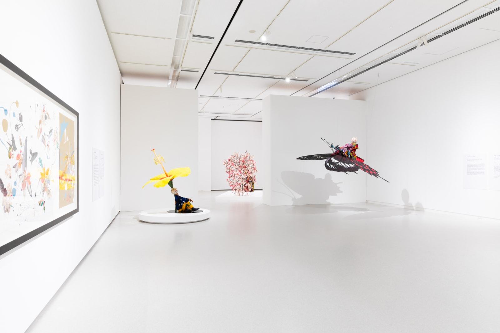<p>Installation view: 'Yinka Shonibare MBE: Flower Power'<span>, Fukuoka Art Museum, Fukuoka (2019)</span></p>