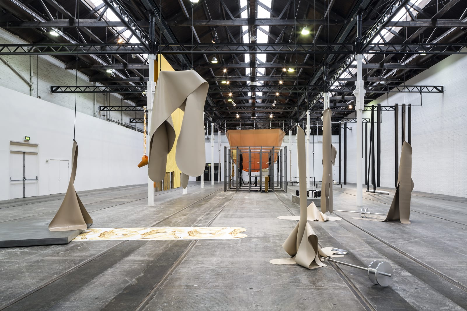 <p>Installation view: 'Yield Point', Tramway, Glasgow (2017)</p>