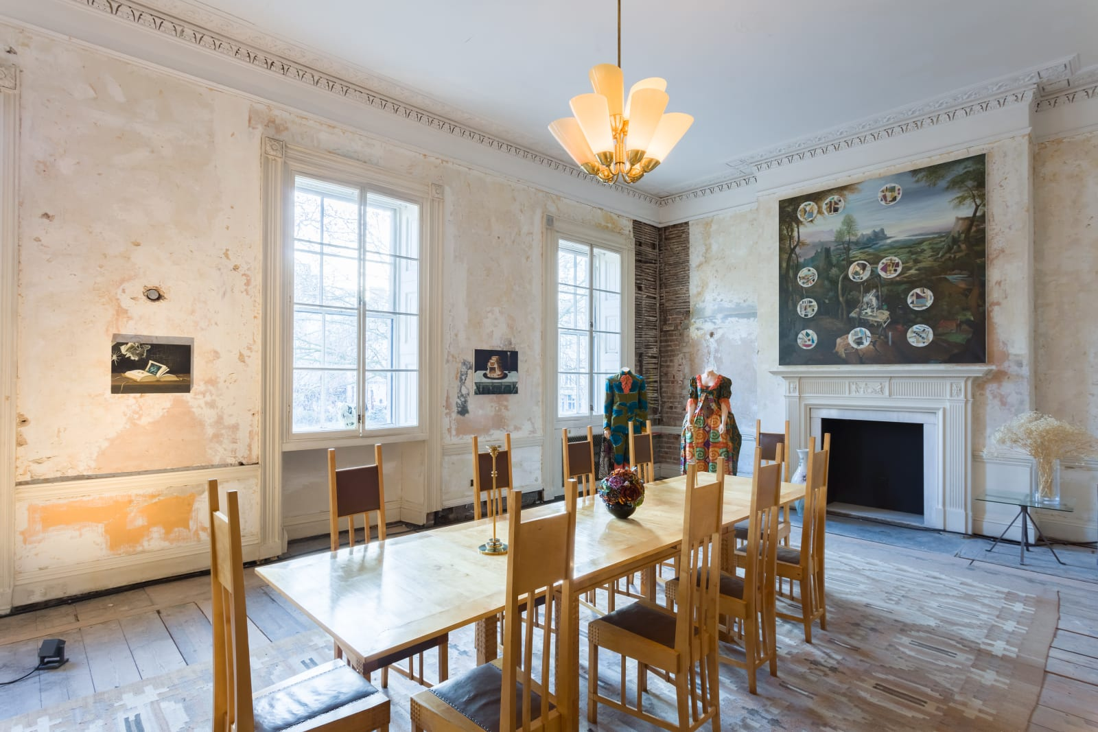 <p>Installation view: 'Stephen Friedman Gallery at The London House of Modernity', London (2021).</p>
