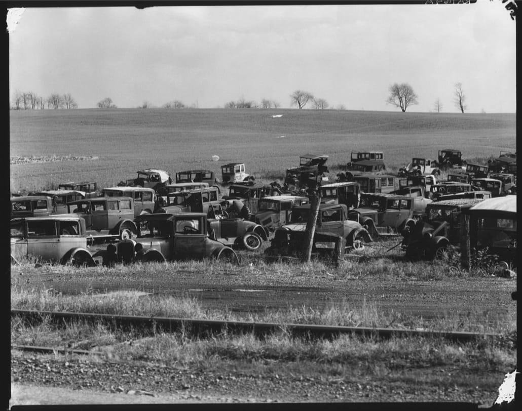 "<div class=""artist"">Walker Evans,<em>Auto dump near Easton, Pennsylvania </em>(1935),C-type print.</div>"