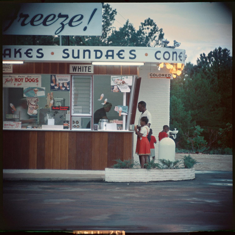 Untitled, Shady Grove, Alabama, (37.000), 1956