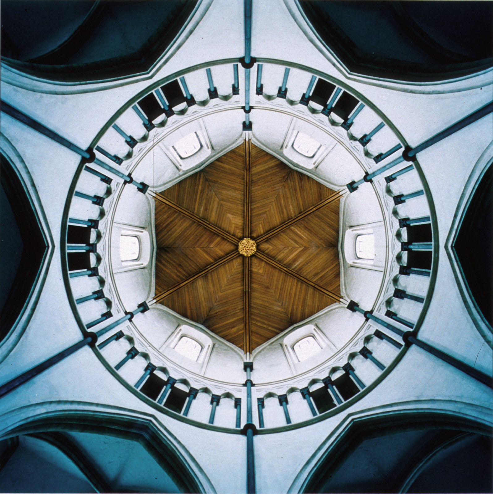 Dome #23209, Temple Church of Mary, London, England, 1997