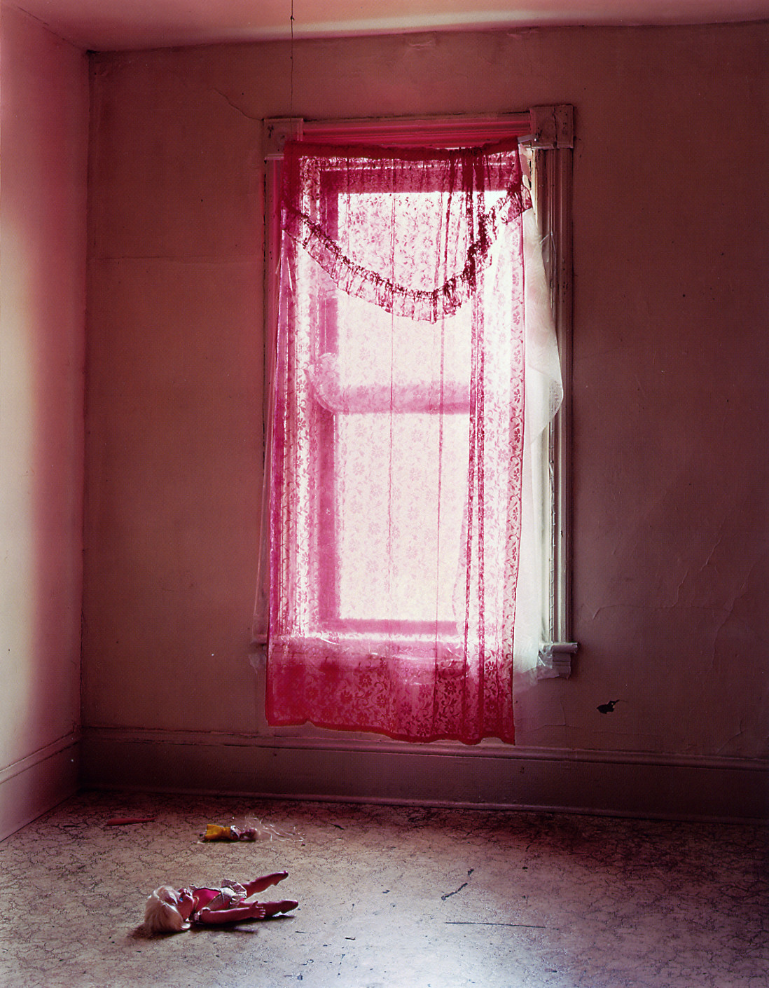 Mitch Epstein, Apartment 201, 398 Main Street, 2001