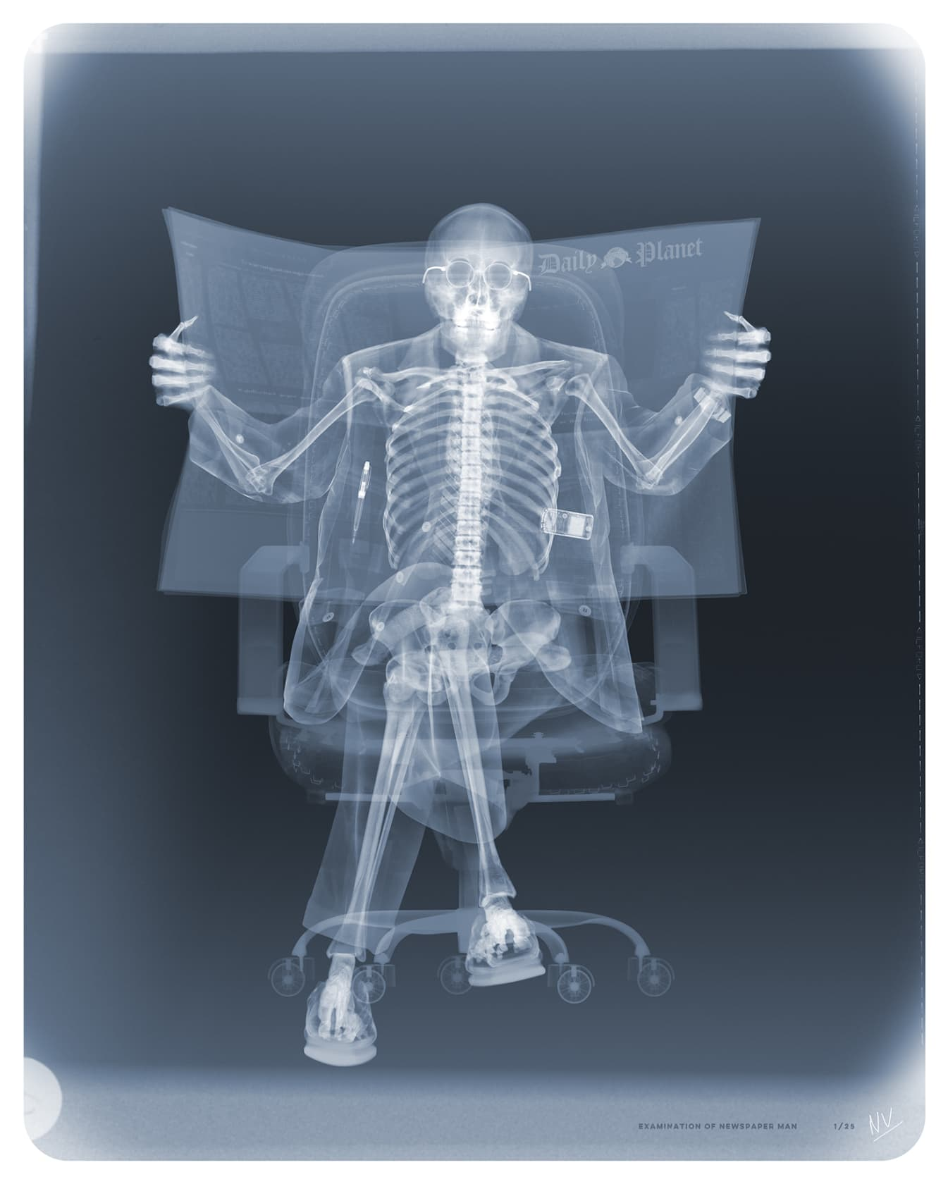Nick Veasey, Examination of Newspaper Man, 2020