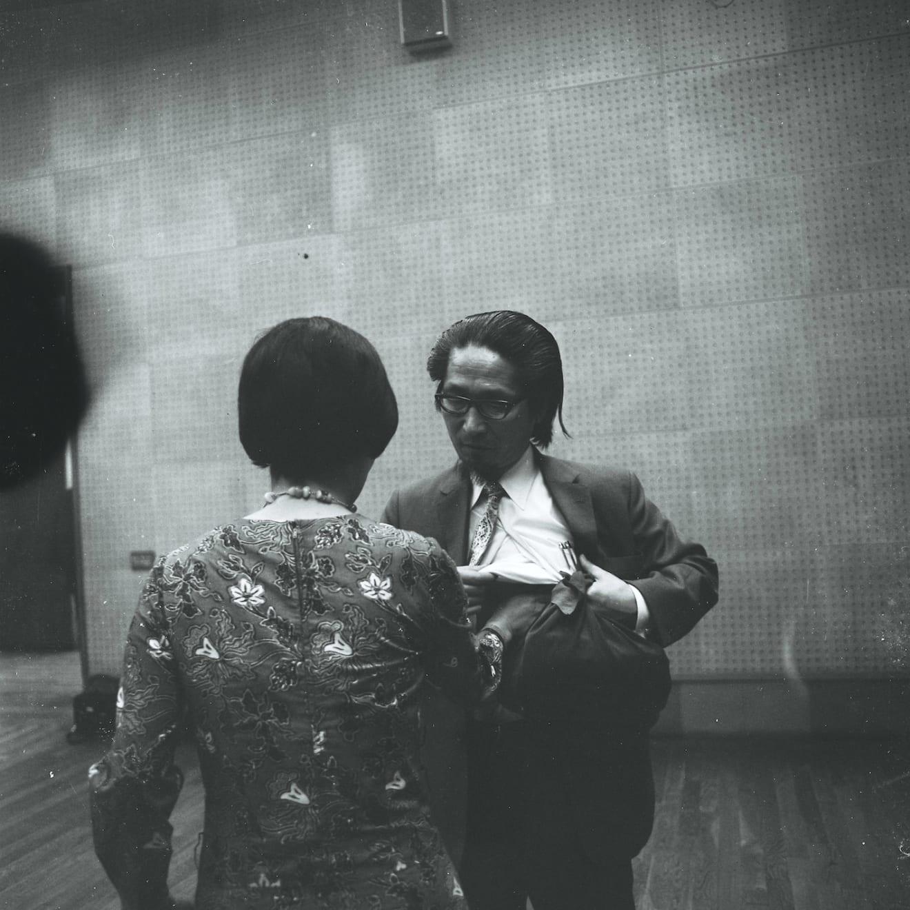 Mitsutoshi Hanaga, Matsuzawa Yutaka Performing 'My Own Death' with Tsujimura Kazuko at 'Tokyo Biennale 1970' at Tokyo Metropolitan Art Museum,...
