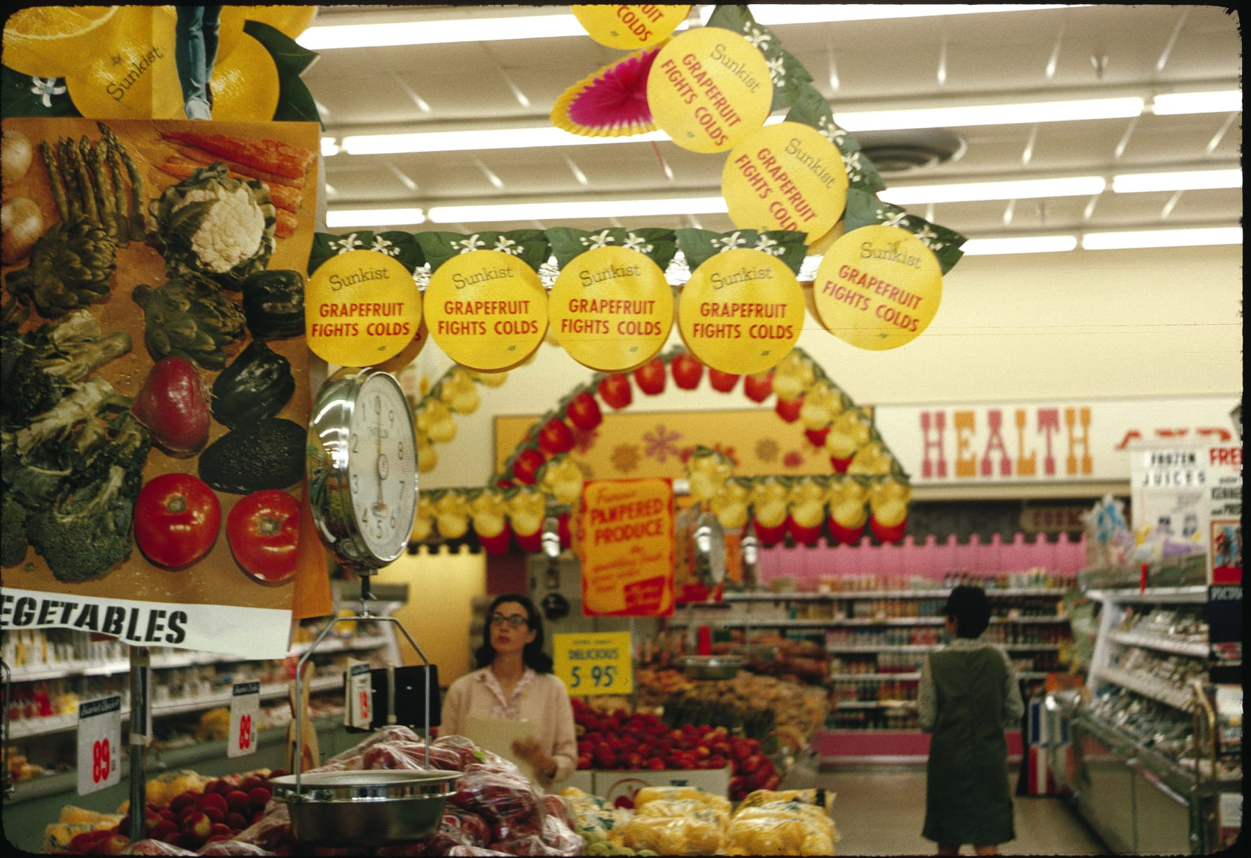 Market Basket interior, ca. 1964.