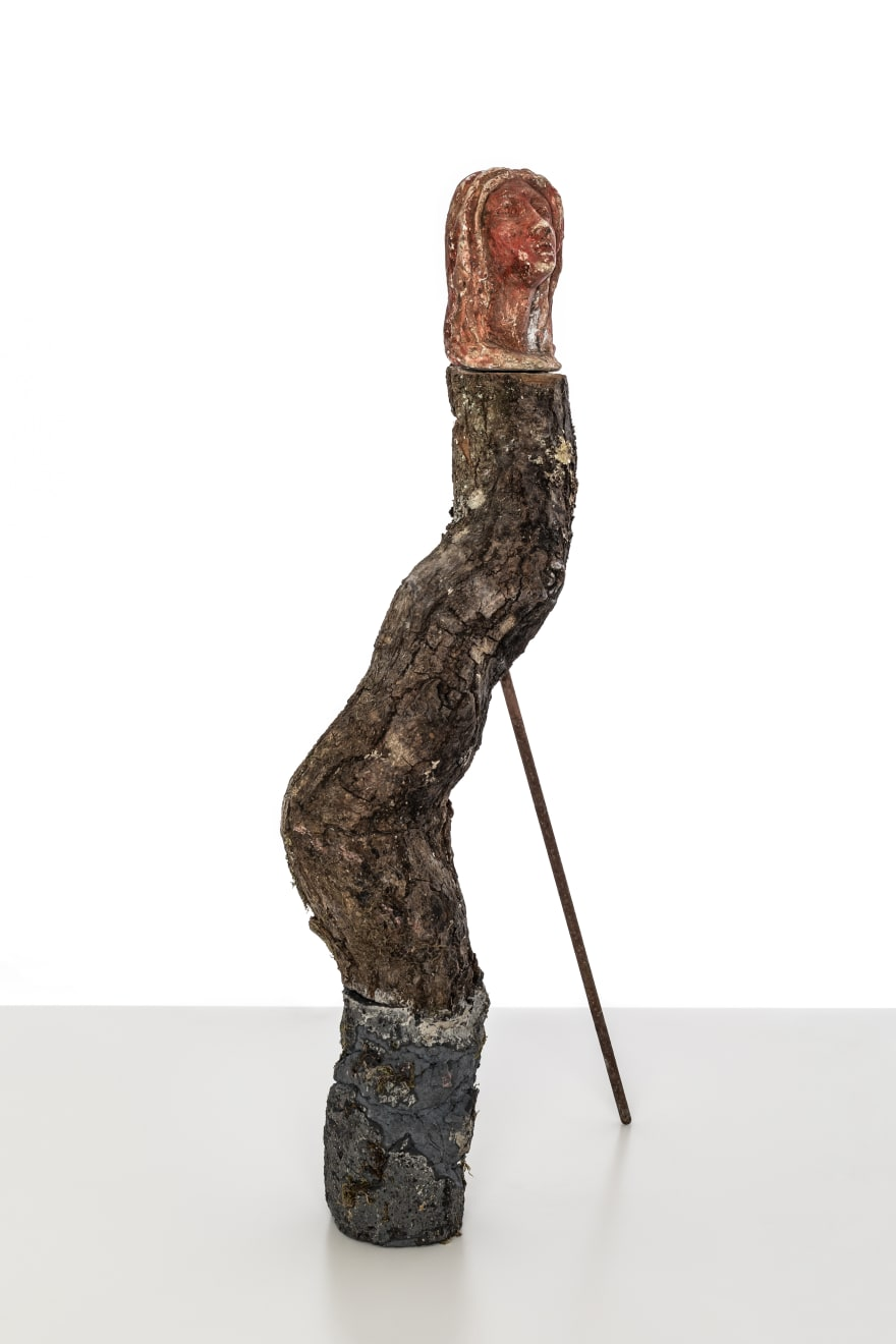 Chantal Powell, Totem I (Medusa/Virgin) 2019 Plaster, oak, concrete, pigment, steel, rust, lichen 55 x 8 x 25 cm