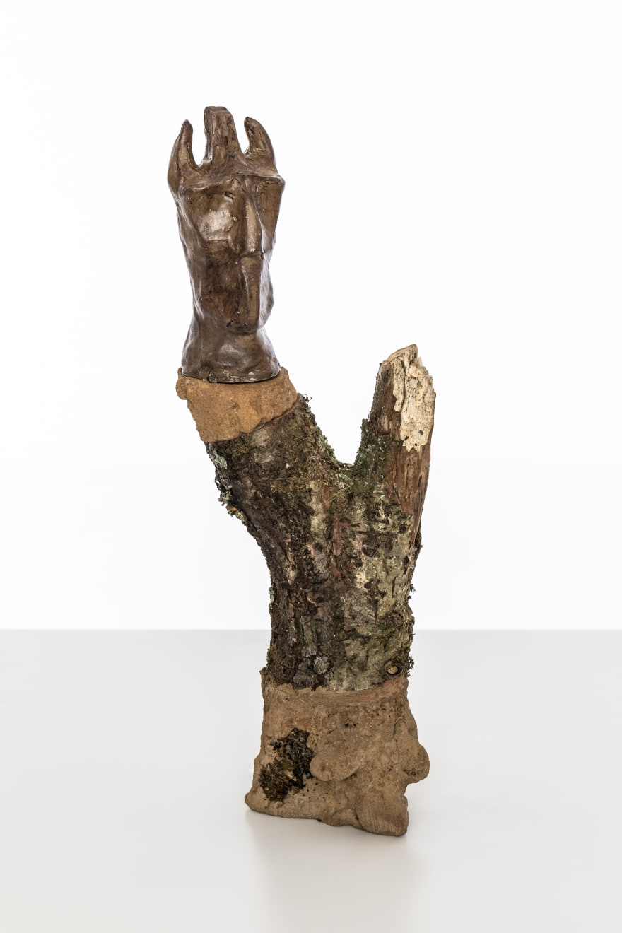 Chantal Powell, Totem VIII (Dream Guardian) 2019 Unfired clay, wax polish, oak, concrete, pigment, lichen 35 x 14 x 8 cm