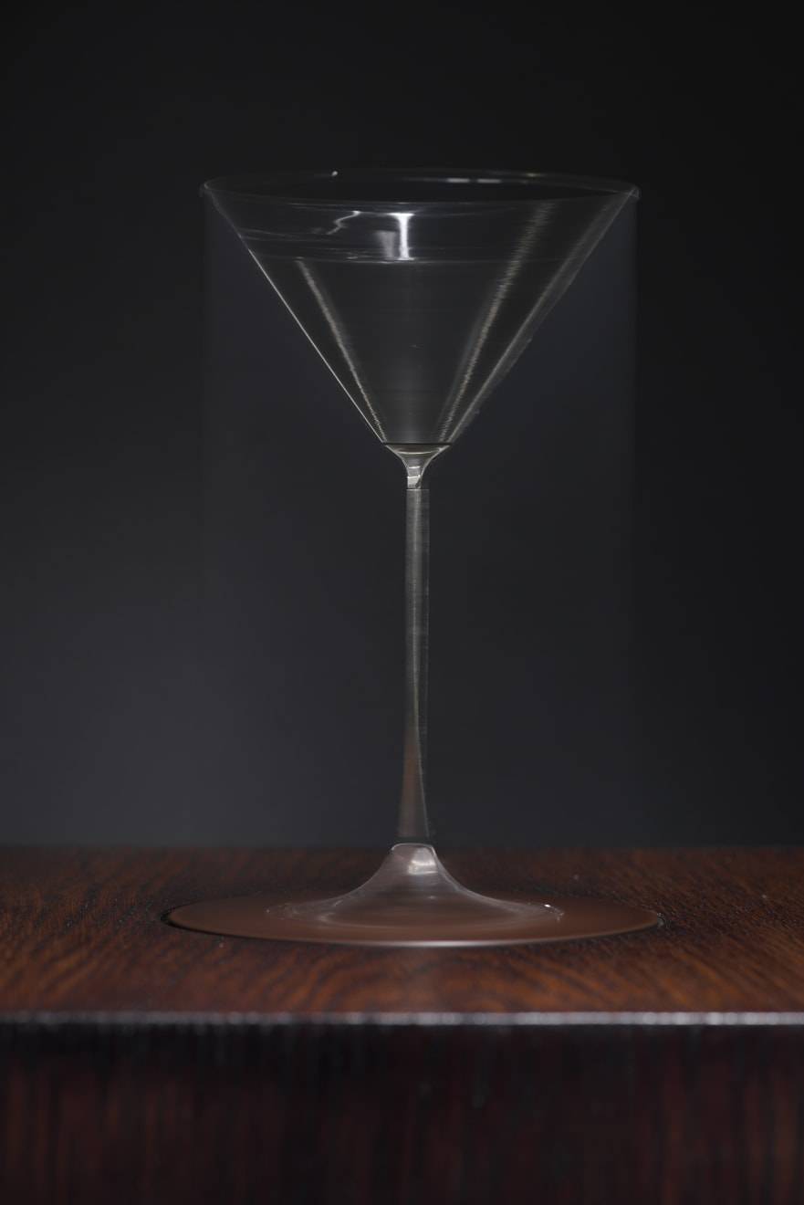 Jason Shulman, Spinning Martini glass, 2017