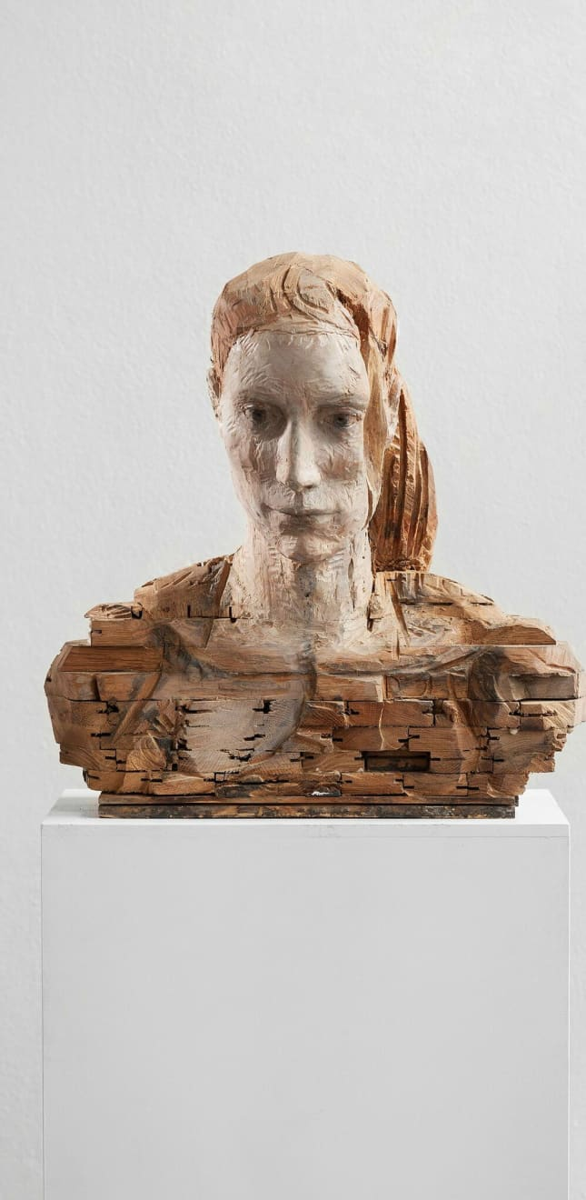 Laura Eckert - NN23 - 2017 - kersenhout, eikenparket, pigment - 54 x 53 x 33 cm