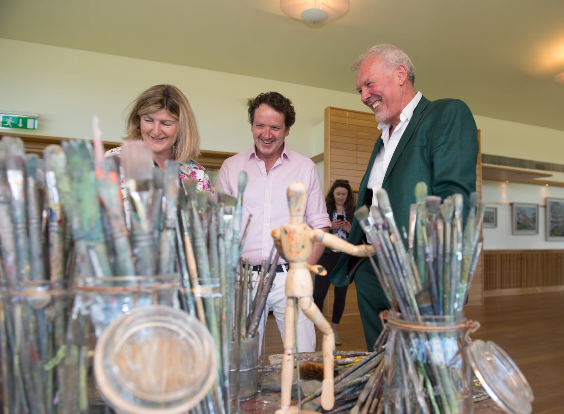 21 JUNE 2018 NATIONAL BOTANIC GARDENS OF IRELAND, DUBLIN Gerard Byrne with Justine Keane and Diarmuid Gavin Inside Outside & Beyond exhibition launch photo: Barry Cronin