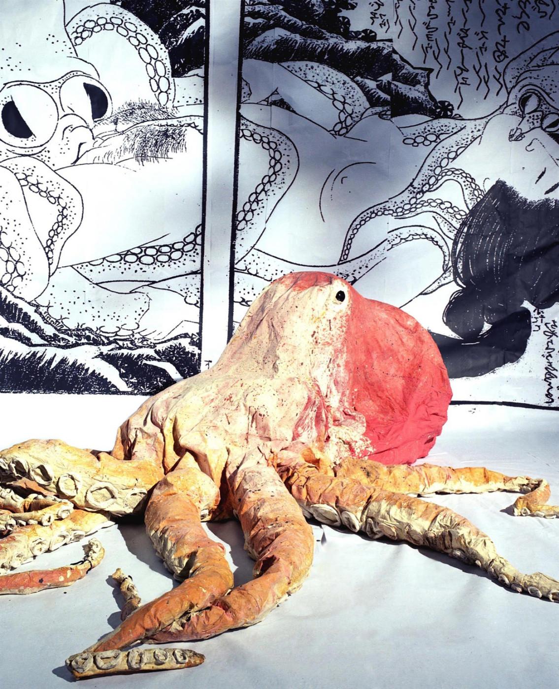 """<div class=""""artwork_caption""""><div class=""""title""""><em>Hokusai's Octapai</em>, 2004</div><div class=""""medium"""">latex, paint, cardboard, newspaper</div><div class=""""dimensions"""">100.0 x 200.0 x 150.0 cm<br />39 3/8 x 78 3/4 x 59 in.</div></div>"""
