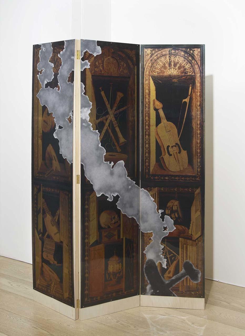 """<div class=""""artwork_caption""""><p>Patsy's Flight (small), 2010</p></div>"""