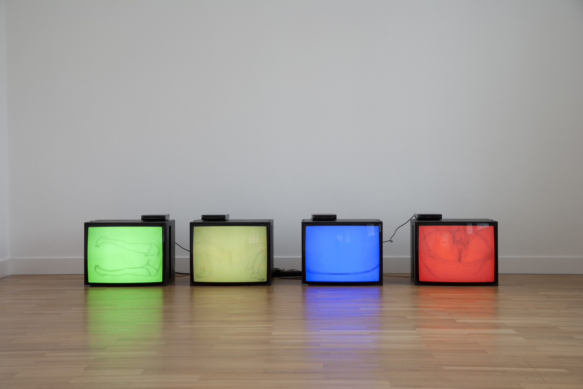 <p>Installation view, Angus Fairhurst, Westfalischer Kunstverein, Münster, 11 June – 4 September 2011</p>