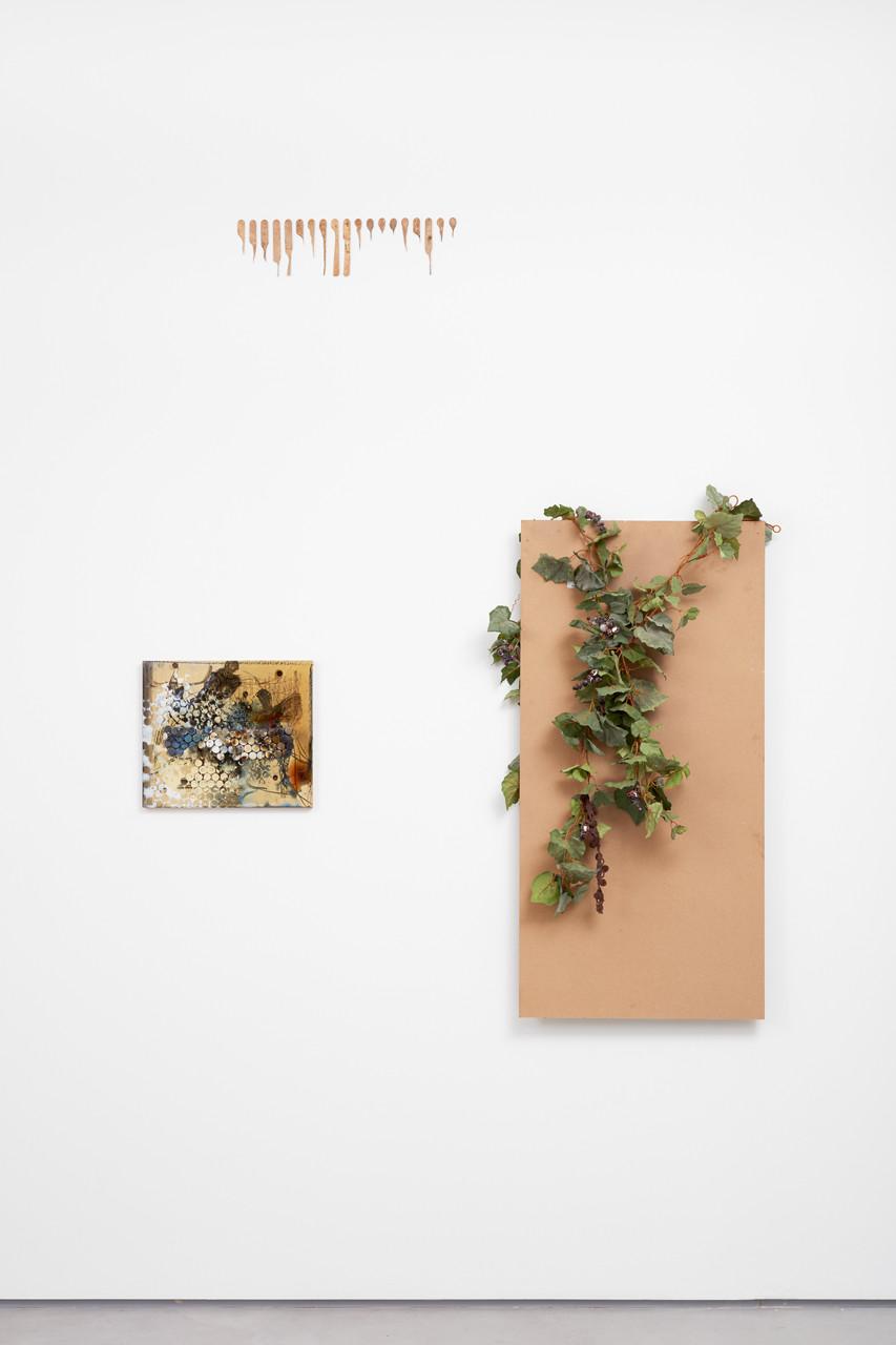 """<div class=""""artwork_caption""""><p>Wall, 2016</p></div>"""