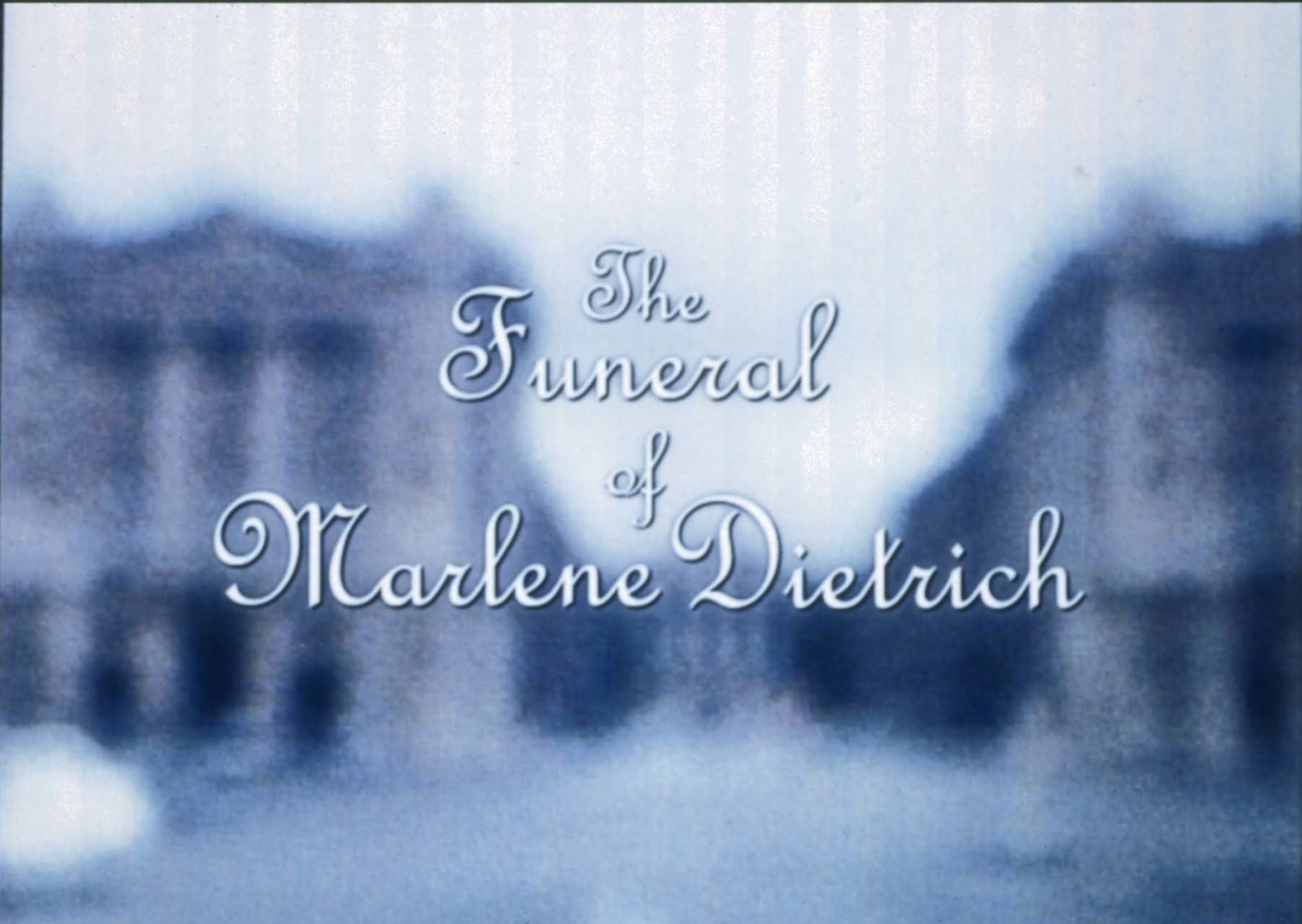 """<div class=""""artwork_caption""""><p>Das Begräbnis der Marlene Dietrich, 1999</p></div>"""