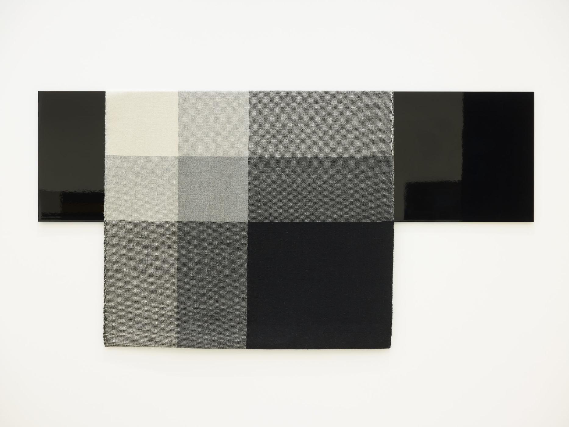 """<div class=""""artwork_caption""""><p><em>Parallel Planar Panel (black, dark grey, light grey, off-white)</em>, 2014</p><div class=""""medium"""">painted aluminium and woven textile</div><div class=""""dimensions"""">127 x 222.3 x 3.8 cm</div><div class=""""dimensions"""">50 x 87 ½ x 1 ½ in.</div></div>"""