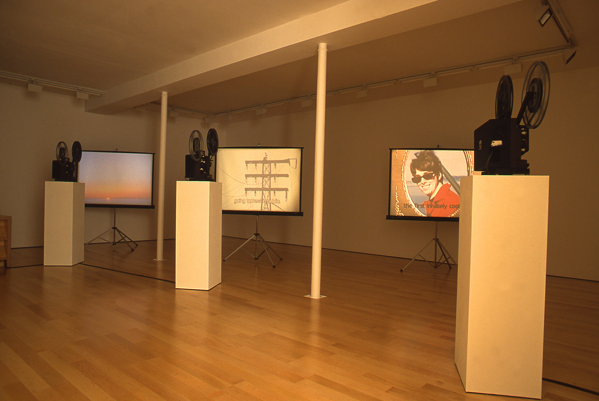 <p>Installation View, 2003</p>