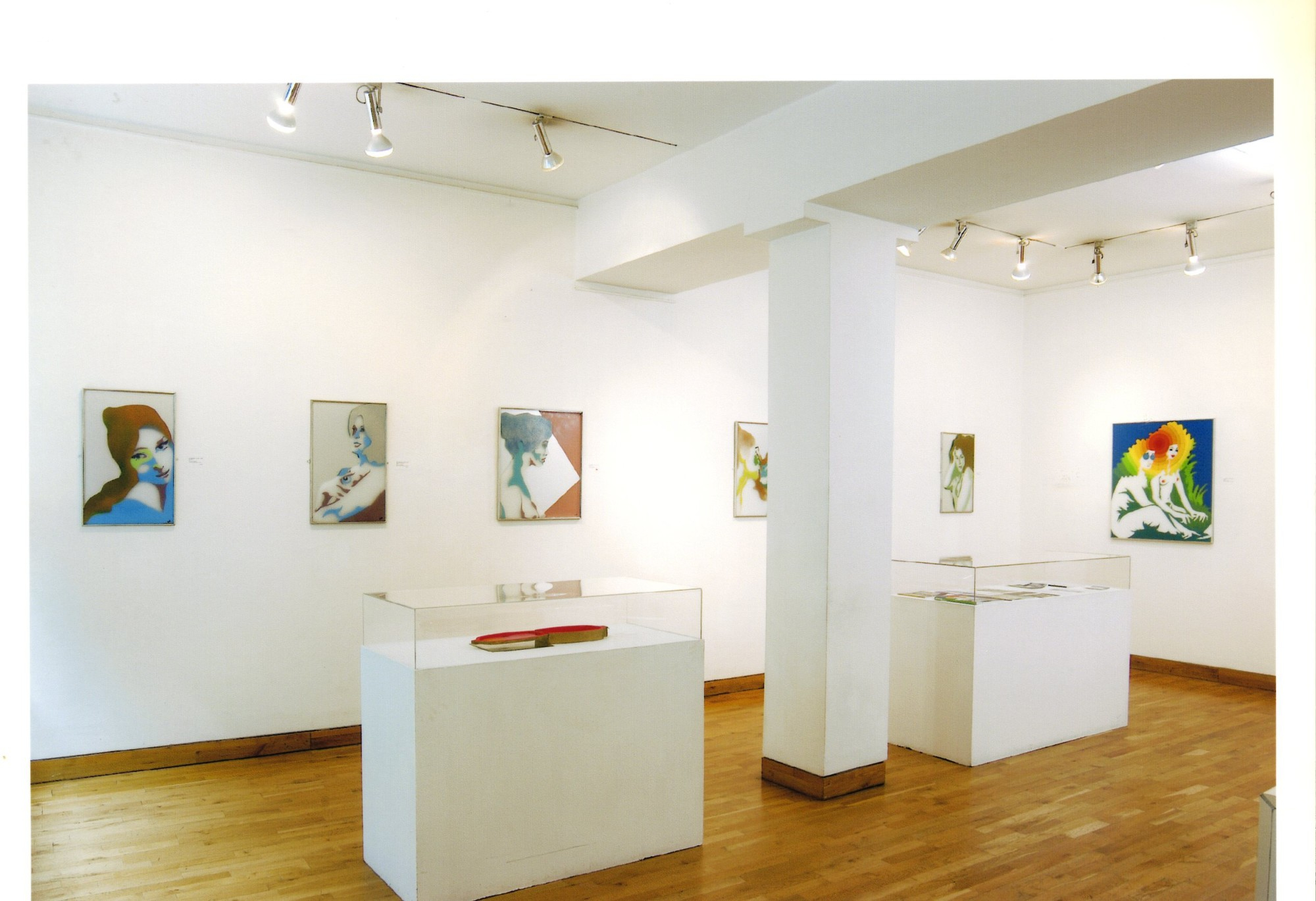 """<span class=""""link fancybox-details-link""""><a href=""""/exhibitions/119/works/image_standalone500/"""">View Detail Page</a></span><p>EVELYNE AXELL   FROM POP ART TO PARADISE   24 MAR - 4 JUL 2005   Installation View</p>"""