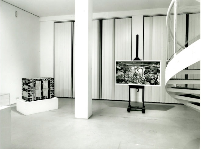 "<span class=""link fancybox-details-link""><a href=""/exhibitions/211/works/image_standalone1015/"">View Detail Page</a></span><p>THE KITCHEN SINK PAINTERS 