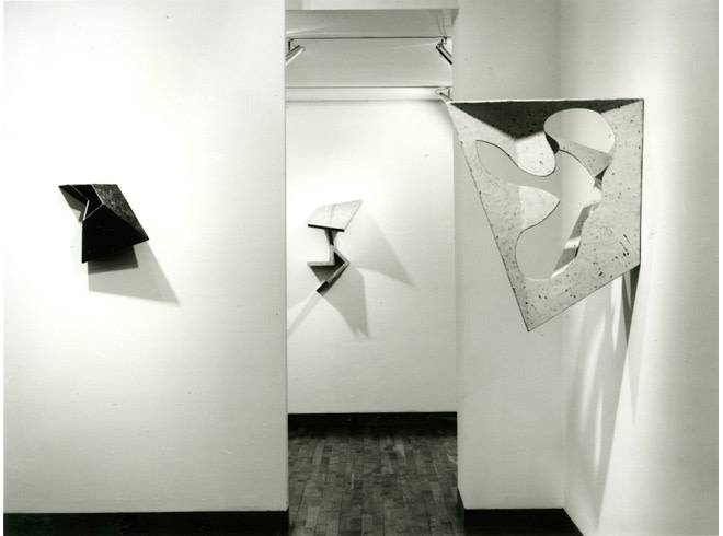 """<span class=""""link fancybox-details-link""""><a href=""""/exhibitions/212/works/image_standalone1020/"""">View Detail Page</a></span><p>GARTH EVANS 
