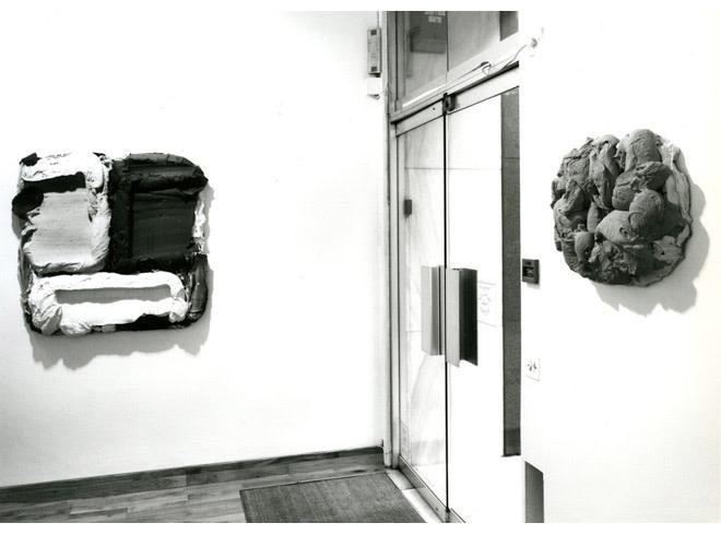 "<span class=""link fancybox-details-link""><a href=""/exhibitions/214/works/image_standalone1037/"">View Detail Page</a></span><p>BRAM BOGART | RECENT WORK | 30 NOV - 21 DEC 1990 | Installation View</p>"